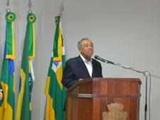 Prefeito de Aracaju se afasta por período de 45 dias