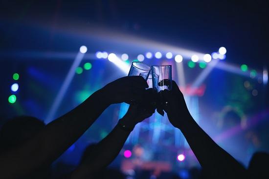 Shows e festas só podem ocorrer com aprovação da Vigilância Sanitária