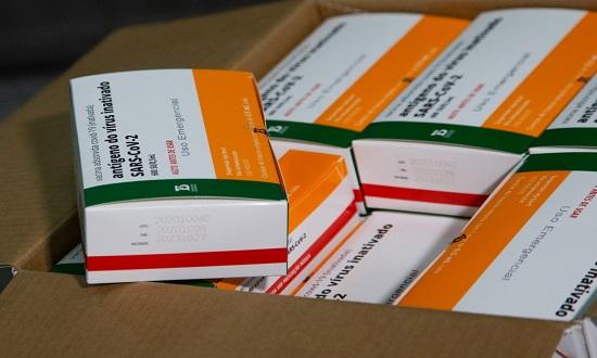 Mais de 31 mil doses de vacinas chegam a Sergipe nesta quinta-feira