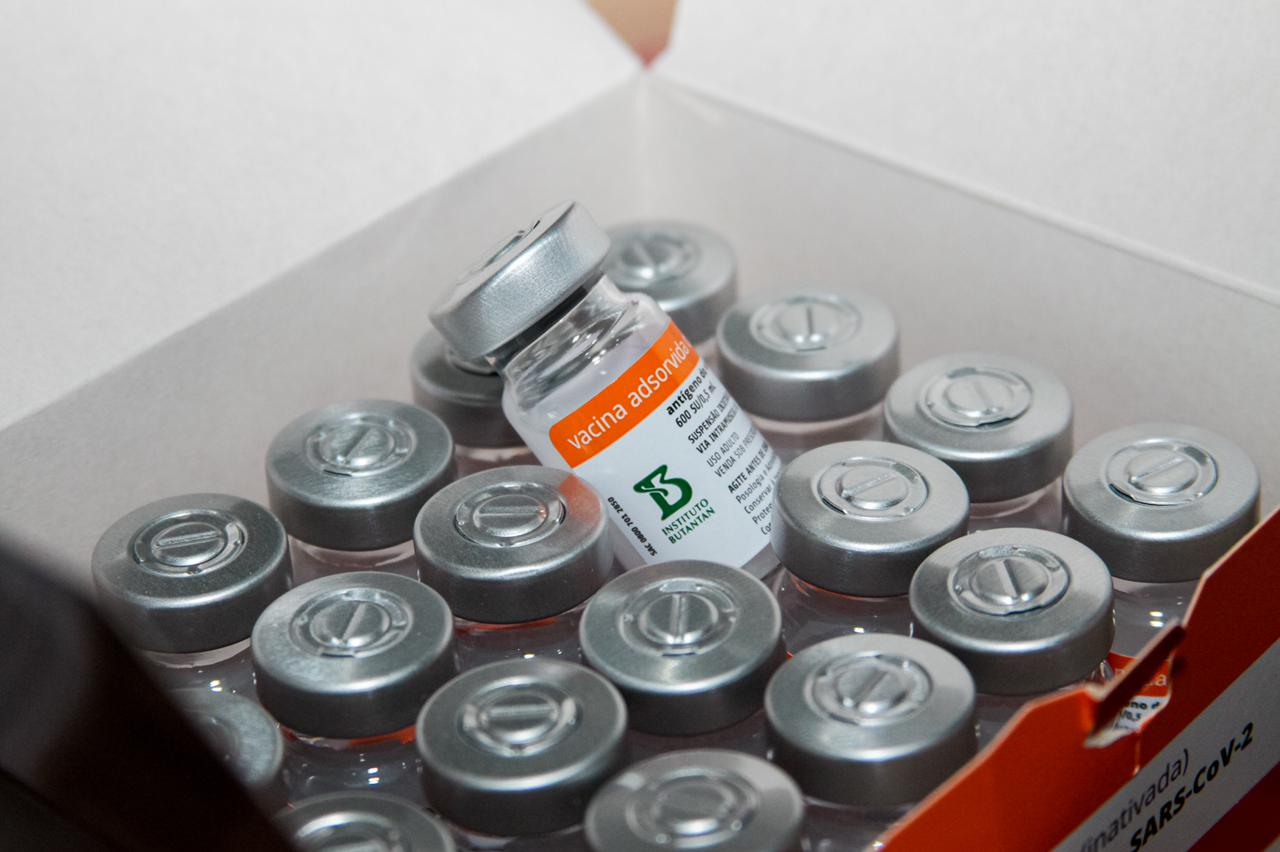 Covid-19: Sergipe prevê vacinar 7 mil idosos a partir de 90 anos