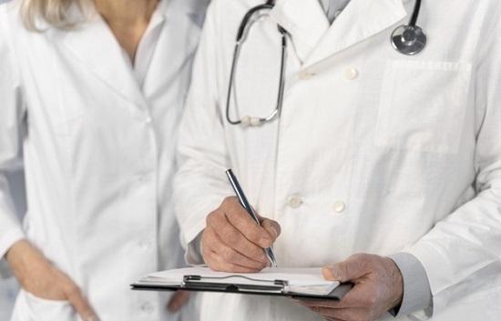 Médicos do serviço público podem paralisar atividades