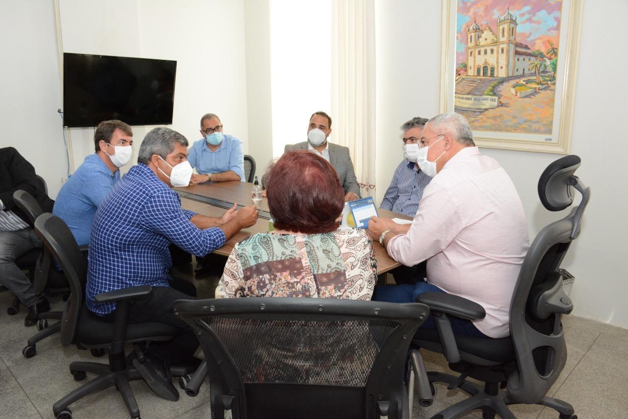 Socorro negocia instalação de faculdade de medicina no município