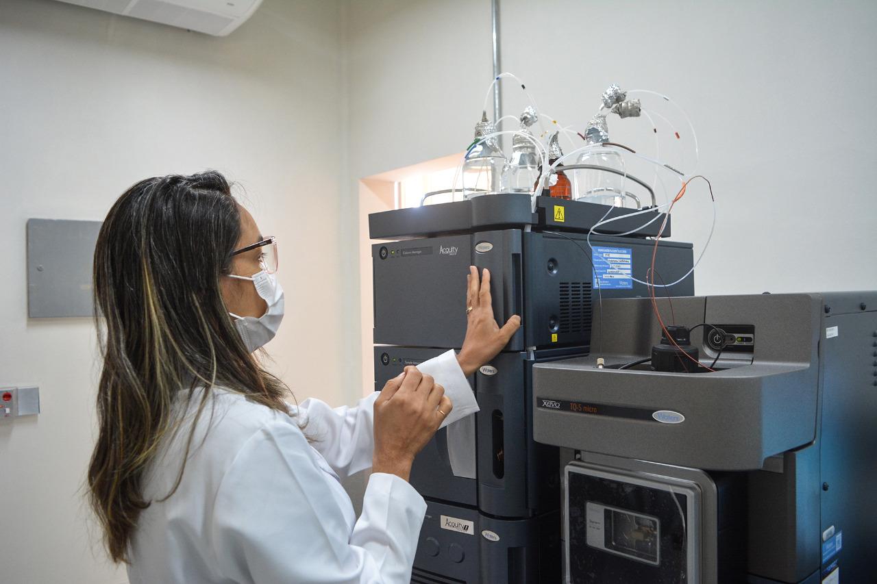 Novo equipamento do ITPS permite análises de agrotóxicos em alimentos